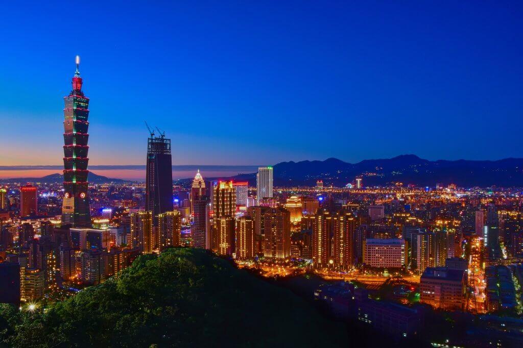 Noční panorama Tchaj-peje